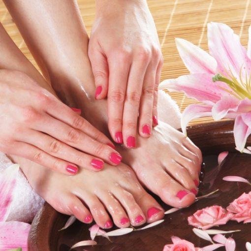 Парафинотерапия рук и ног в салоне красоты Афродита – нежная забота за кожей в зимнее время