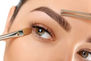 Брови и ресницы: ТОП 4 процедуры для Вашего идеального взгляда
